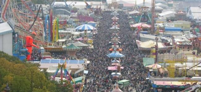 Didžiausia alaus šventė Vokietijoje – Oktoberfest: dvi savaites trunkančios linksmybės