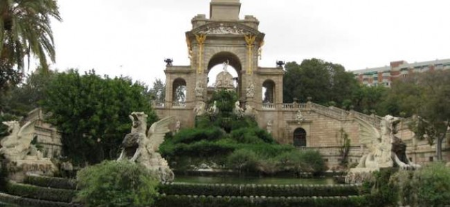 Ciutadela parkas – ramybės oazė Barselonos centre