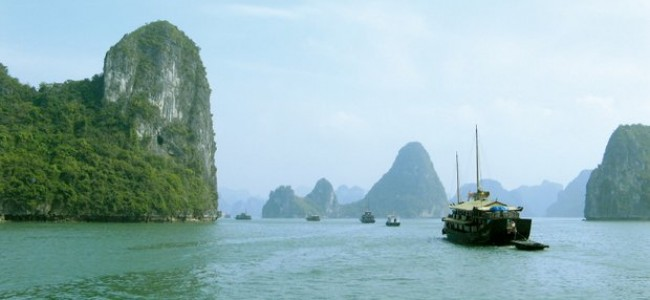 Kelionė po Vietnamą. Halongo įlanka