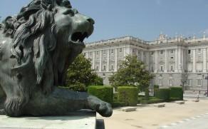 Karališkieji rūmai Madride – didybė ir prabanga