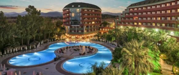 Tik nuo 288 €/asm. už 7 n. kelionę į Turkijos DELPHIN DELUXE 5* viešbutį su UAI maitinimu