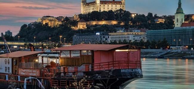 Slovakija. Bratislavos pilis – miesto simbolis ir lankomiausia įžymybė