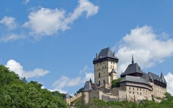 Karlšteino pilis – viena lankomiausių tvirtovių Čekijoje