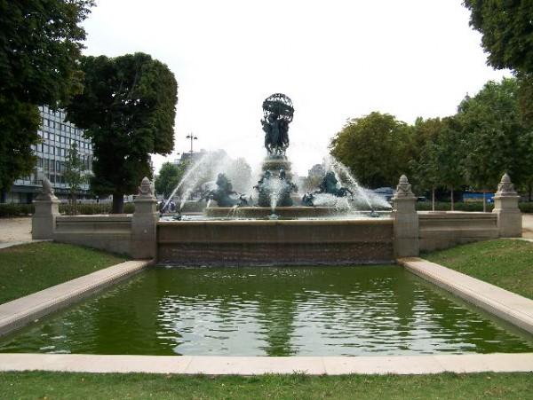 Fontanas Paryžiuje