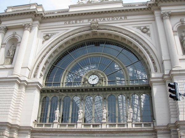 Rytinė Budapešto geležinkelio stotis