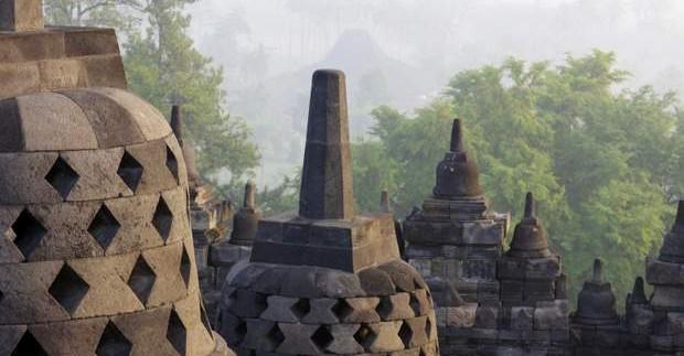 Kelionė į Indoneziją - įspūdinga Borobuduro šventykla