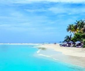 MALDYVAI: ar verta skubėti aplankyti nykstančius Maldyvus?