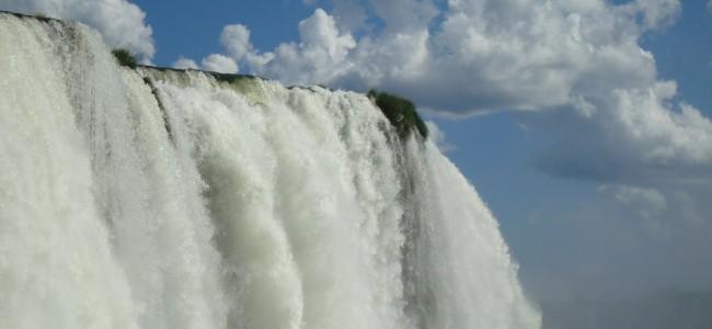 Naujasis pasaulio stebuklas – Iguazu kriokliai iš arčiau