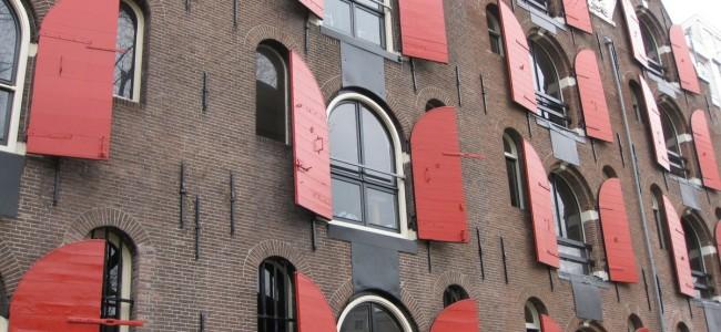 Amsterdamas – nuodėmingų pramogų, dviračių ir kanalų miestas