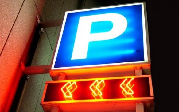 Paskubėkite, liko mažai parkavimų už mažiausią kainą! Nuo 22 €/sav. -35% UniPark parkavimui Vilniaus oro uoste!