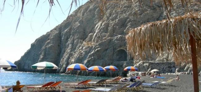 5 vieni iš geriausių Santorini paplūdimių