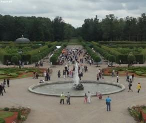 Rundalės rūmai – vienas garsiausių baroko ir rokoko stiliaus paminklų Latvijoje