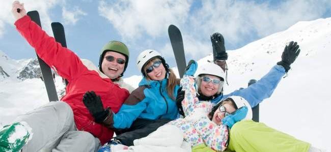 Slidinėjimo kelionės: patarimai, keliaujantiems su vaikais