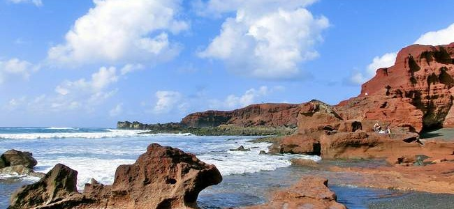 Viena kelionė – dvi salos: keltai tarp Lansarotės ir Fuerteventūros