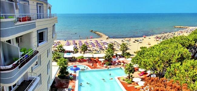 ALBANIJA VASARĄ! Atostogos MELI HOLIDAY 4* viešbutyje su AI maitinimu tik nuo 489 €/asm.
