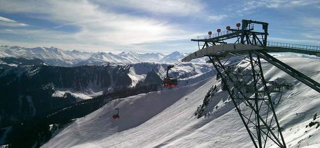 Slidinėjimas Italijos Alpėse: kada geriausia planuoti kelionę?