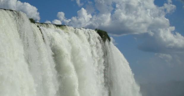 Naujasis pasaulio stebuklas - Iguazu kriokliai iš arčiau