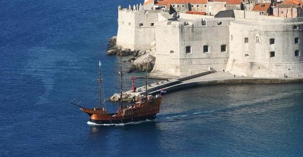Dubrovniko simbolis - gynybinė miesto siena